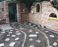 toom Kreativwerkstatt - Ruinenmauer im Garten selbst gebaut