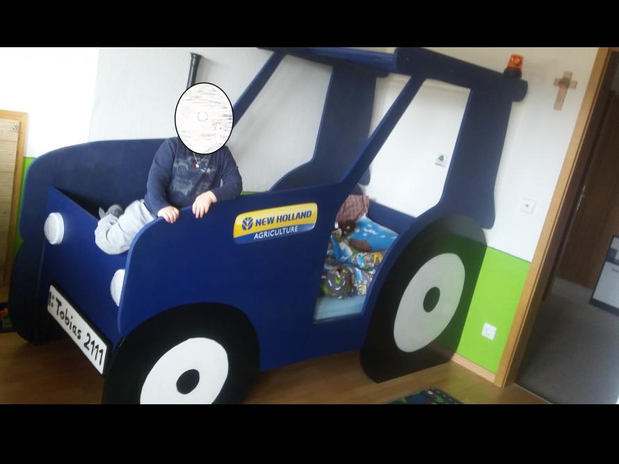 Kinderbett selber bauen traktor  toom Kreativwerkstatt - Traktor Kinderbett