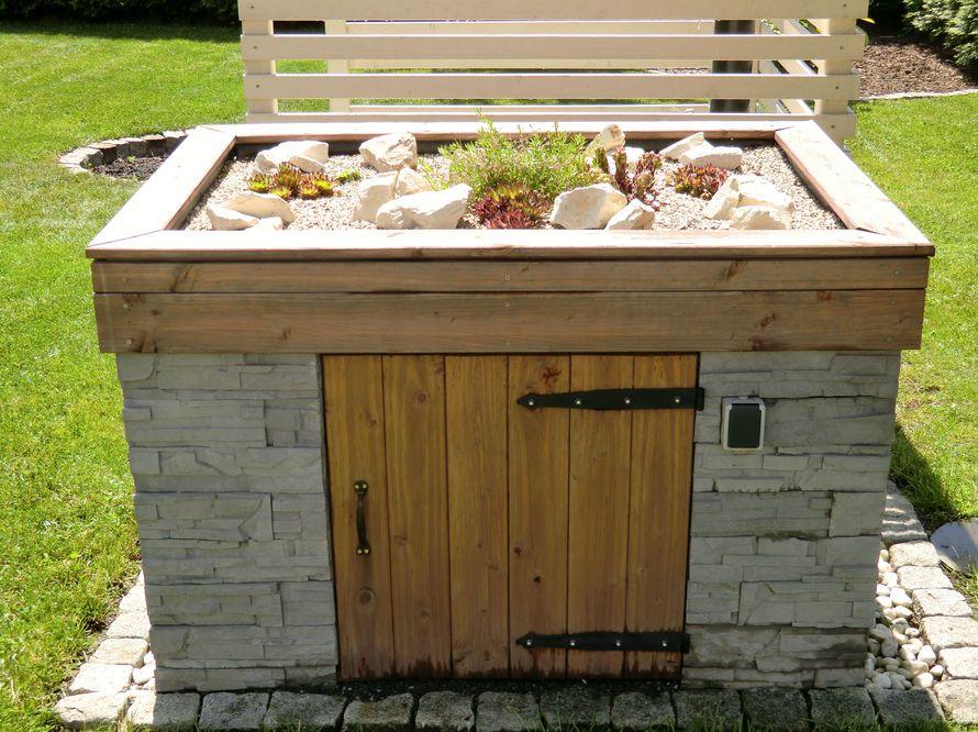 toom kreativwerkstatt pumpenhaus mit steingartendach. Black Bedroom Furniture Sets. Home Design Ideas