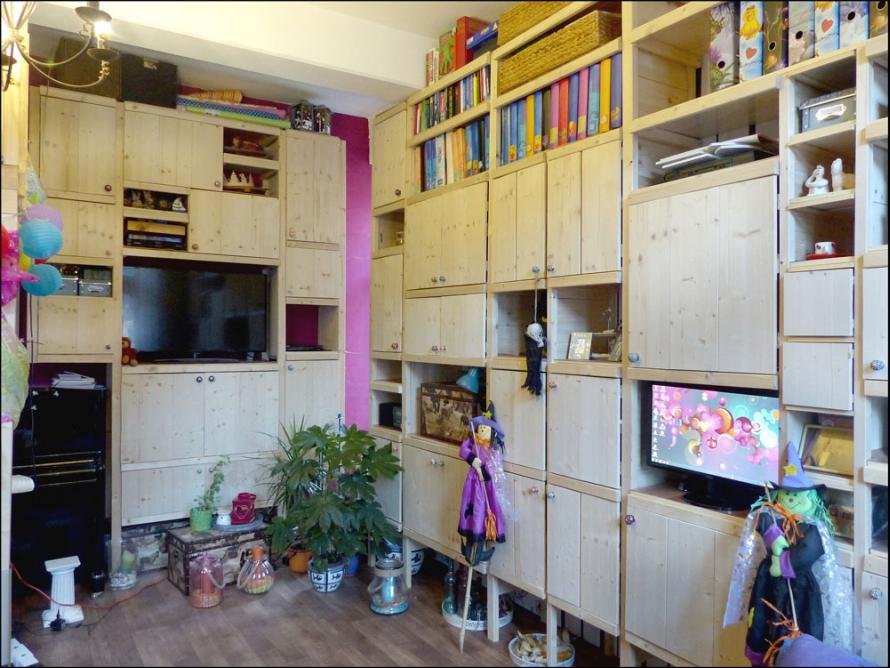 toom kreativwerkstatt wohnzimmerschrank. Black Bedroom Furniture Sets. Home Design Ideas