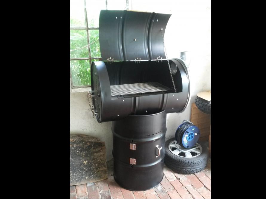 toom kreativwerkstatt grill fassgrill smoker. Black Bedroom Furniture Sets. Home Design Ideas