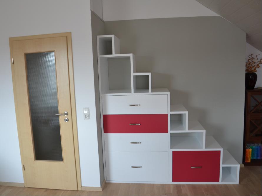 toom kreativwerkstatt begehbares stufenregal wandschrank dg. Black Bedroom Furniture Sets. Home Design Ideas