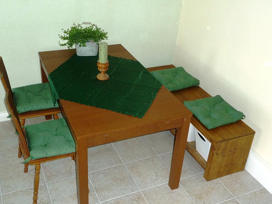 toom kreativwerkstatt sitzbank mit stauraum. Black Bedroom Furniture Sets. Home Design Ideas