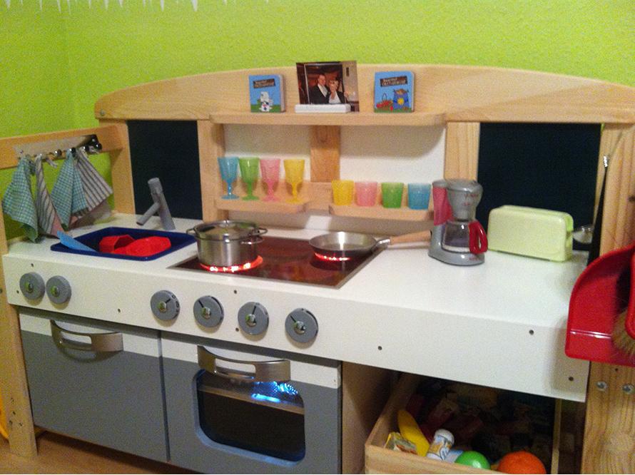 toom kreativwerkstatt mini gourmet k che. Black Bedroom Furniture Sets. Home Design Ideas